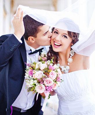 bride smiles at kaye dentistry